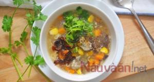 Mách bạn cách làm món súp gà nấm hương bổ dưỡng, thanh đạm