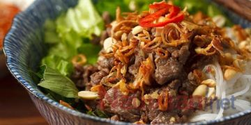 Cách làm bún bò xào Nam Bộ thơm ngon cho bữa cơm cuối tuần